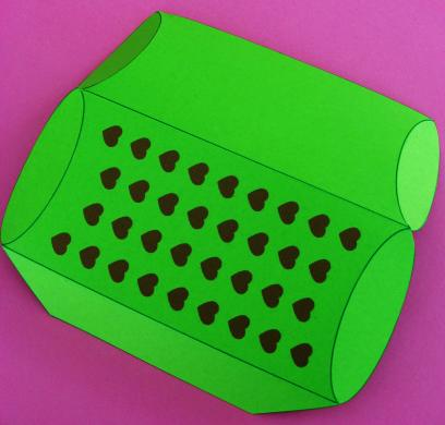 pillow-box-alligator-004.jpg